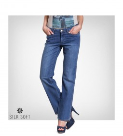 "Wrangler W212 ""Sara"" Soft Blue - LIVE IN DENIM"
