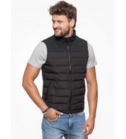 """Wrangler """"Tech Vest"""" Black"""