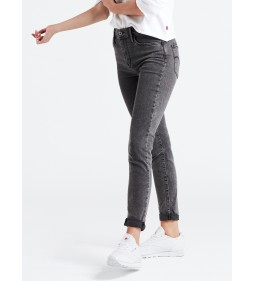 "Levi's ""Hirise Super Skinny"" Hash It Out Mid Season Sale"