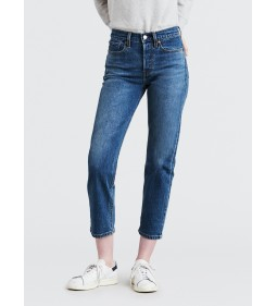 "Levi's ""Wedgie Straight"" Love Triangle"
