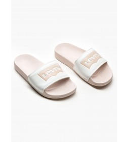 "Levi's ""June Batwing S"" Light Pink"